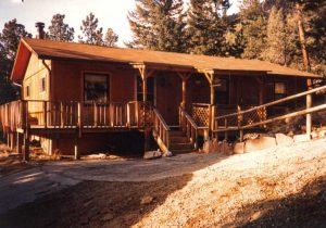 Remodel with log siding and Timberline log corners in the mountains above Glenhaven CO